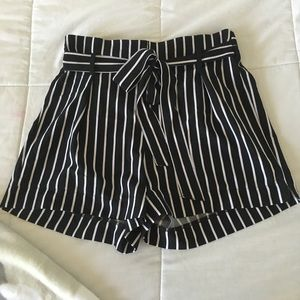 Paper bag shorts black and white striped